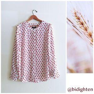 NWT Floral Top Blouse Shirt
